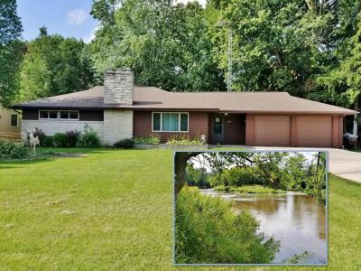 Photo of 1514 N Rapids Rd, Manitowoc Rapids, WI 54220
