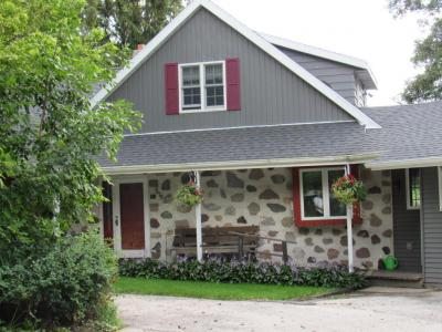 Photo of 518 Fairview Dr, Plymouth, WI 53073