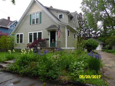 Photo of 412 Central Ave, Waukesha, WI 53186
