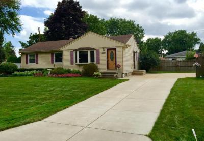 Photo of 6531 W Darnel Ave, Brown Deer, WI 53223