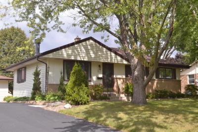 Photo of W178N8839 Queensway St, Menomonee Falls, WI 53051