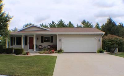 Photo of W201N16480 Hemlock St, Jackson, WI 53037