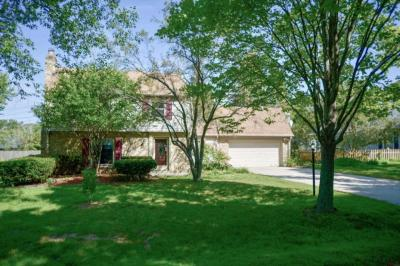 Photo of 314 E Spooner Rd, Fox Point, WI 53217