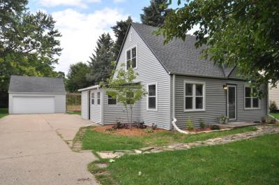 Photo of 1331 S 120th St, West Allis, WI 53214