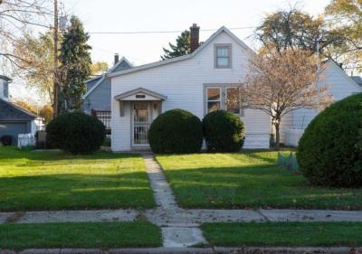 Photo of 517 Marshall Ave, South Milwaukee, WI 53172
