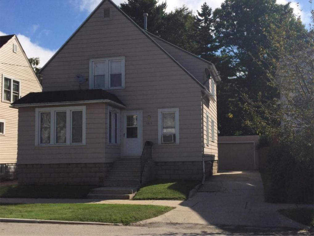 1815 Madison, Two Rivers, WI 54241