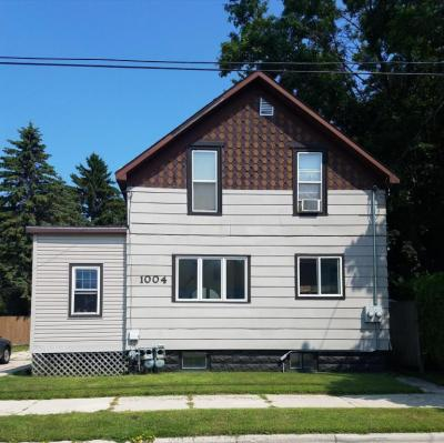 Photo of 1004 20th St, Two Rivers, WI 54241