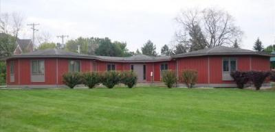 Photo of 1415 W Donges Bay Rd, Mequon, WI 53092
