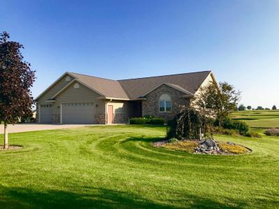 Photo of N2004 Clements Rd, Greenfield, WI 54601