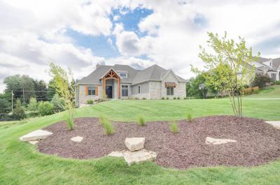 Photo of 18455 Patti Ln, Brookfield, WI 53045