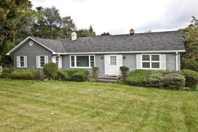 Photo of 230 N Brookfield Rd, Brookfield, WI 53045