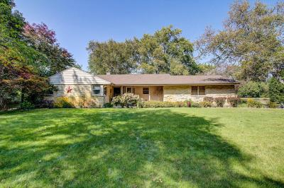 Photo of 12530 Gremoor Dr, Elm Grove, WI 53122