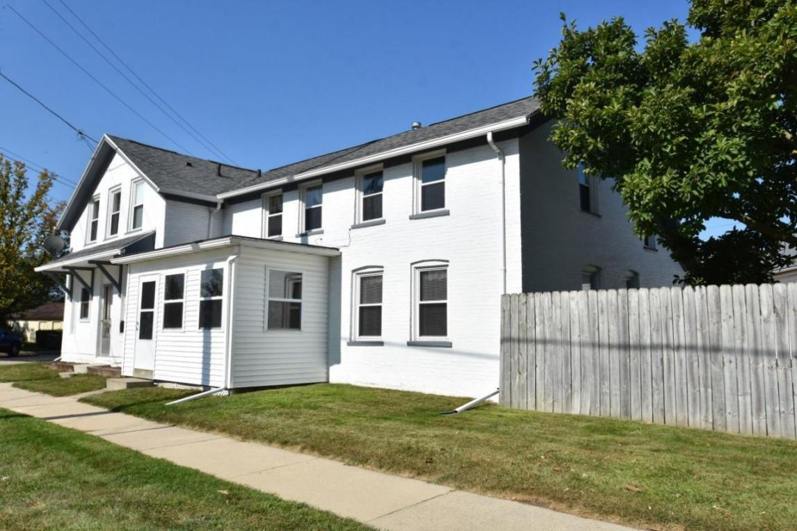 600 N 4th St #602, Watertown, WI 53098