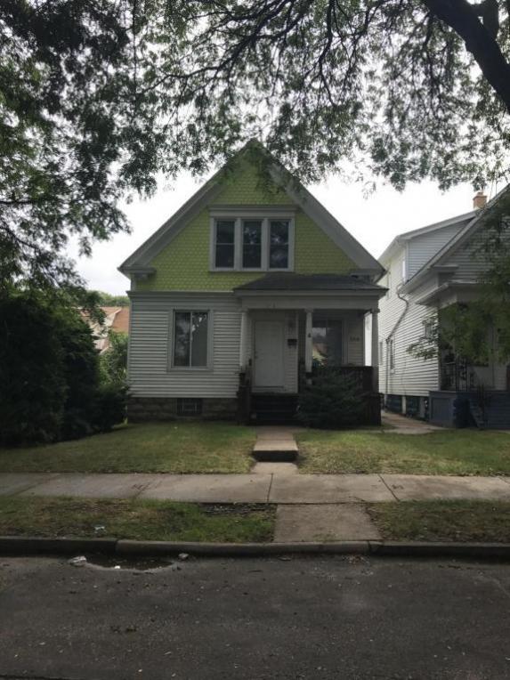2564 S 29th St, Milwaukee, WI 53215