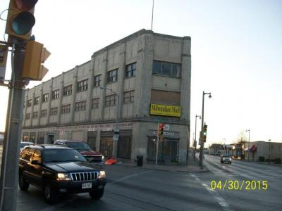 Photo of 2100 W North Ave, Milwaukee, WI 53205