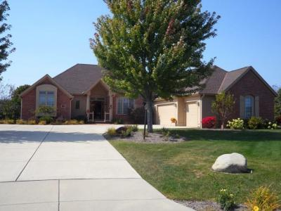 Photo of 7569 S Joshua Ct, Franklin, WI 53132