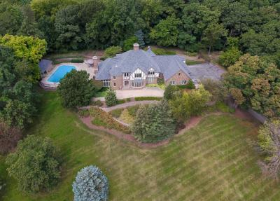 Photo of W305N2673 Ravine Ct, Delafield, WI 53072