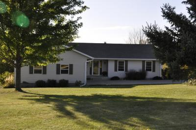 Photo of N2269 Clements Rd, Greenfield, WI 54601