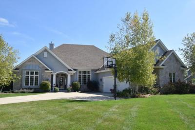 Photo of W50N644 Creek View Ct, Cedarburg, WI 53012
