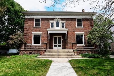 Photo of 6910 W Wisconsin Ave, Wauwatosa, WI 53213