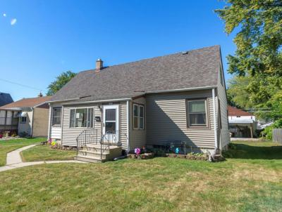 Photo of 3771 S Arctic Ave, St Francis, WI 53235