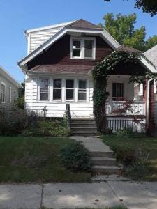 2017 S 72nd, West Allis, WI 53219
