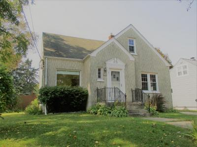 Photo of 2210 S 14th St, Manitowoc, WI 54220