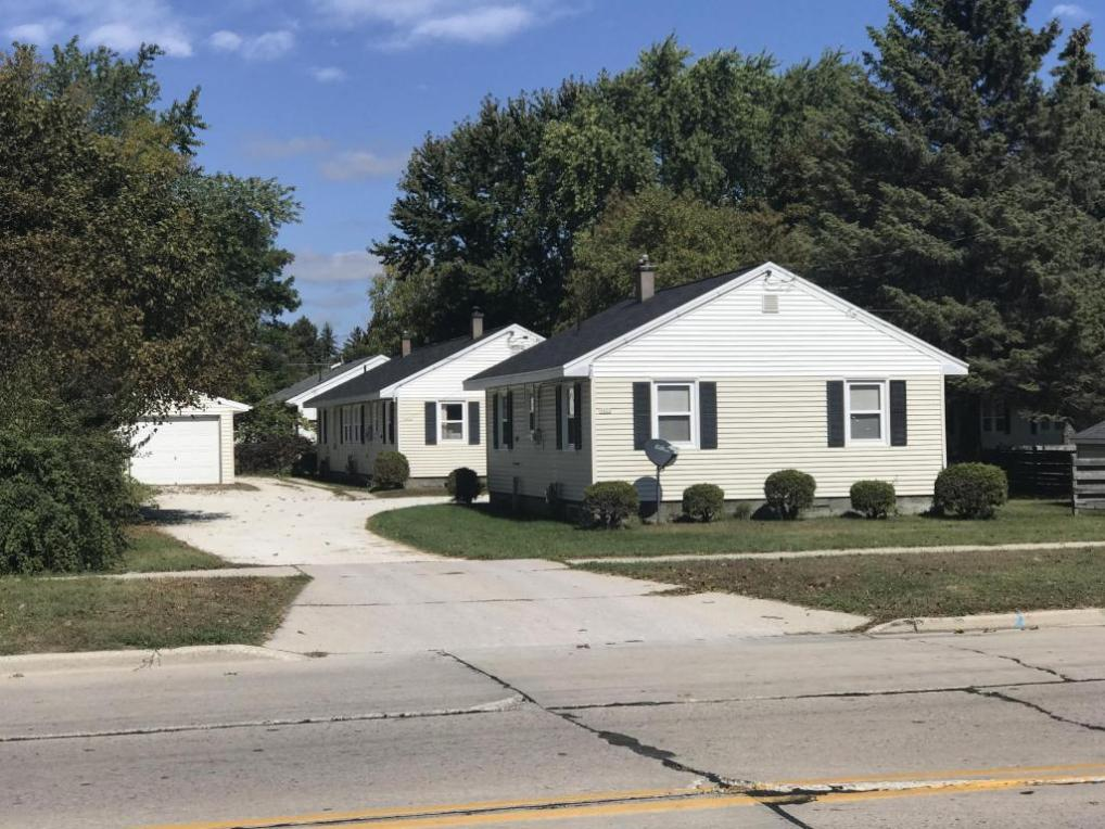3416 Custer St #3418,3418 A ,3422, 3424, 3424a, Manitowoc, WI 54220