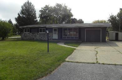 8090 N 64th St, Brown Deer, WI 53223