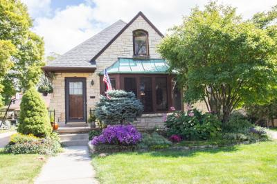 Photo of 2522 N 89th St, Wauwatosa, WI 53226