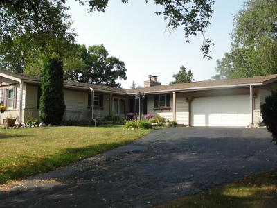 Photo of 4404 Sunset Dr, Waterford, WI 53185