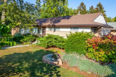 Photo of 5720 S 41st St, Greenfield, WI 53221