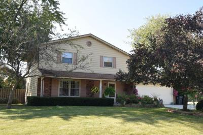 Photo of 13970 W Crawford Dr, New Berlin, WI 53151
