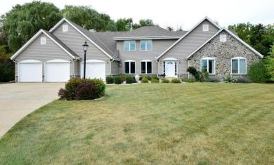 4855 S Ivy Ct, New Berlin, WI 53151