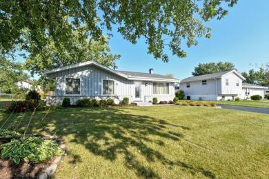 2850 Crestview Park Dr, Caledonia, WI 53402