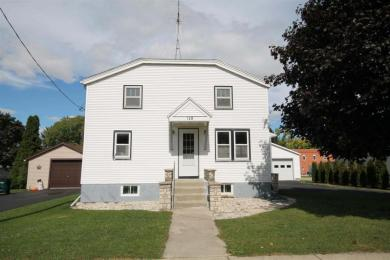 125 W White St, Oakfield, WI 53065