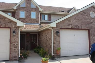 1507 Clarence Ct, West Bend, WI 53095