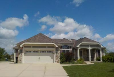 Photo of 6794 W River Pointe Dr, Franklin, WI 53132