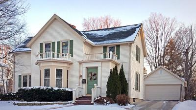 Photo of 523 Collins St, Plymouth, WI 53073