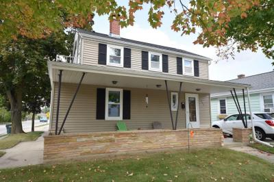 Photo of 302 E Kilbourn Ave, West Bend, WI 53095