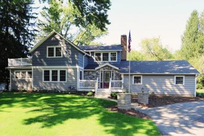 Photo of 1040 W Green Tree Rd, River Hills, WI 53217