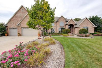 Photo of 7337 S Cambridge Dr, Franklin, WI 53132