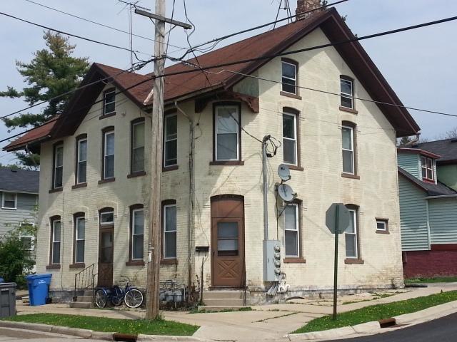 701 N 2nd St #1-4, Watertown, WI 53098