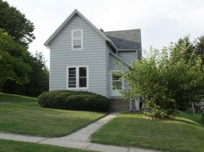 Photo of 512 Summit St, Plymouth, WI 53073