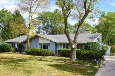 Photo of 11104 N Oriole Ln, Mequon, WI 53092