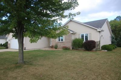 Photo of 1317 Firethorn Dr, West Bend, WI 53090