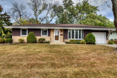 Photo of 5480 Laura Ln, Greendale, WI 53129