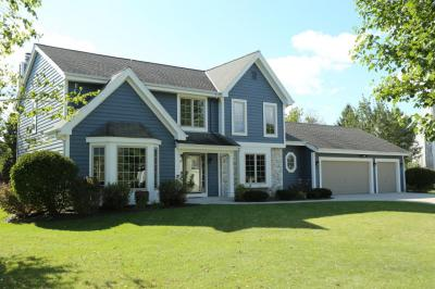 Photo of 443 Tanager Ct, Grafton, WI 53024