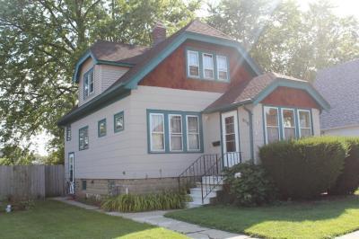 Photo of 619 Menomonee Ave, South Milwaukee, WI 53172