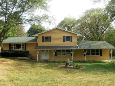 Photo of 3322 Silver Lake Dr, Summit, WI 53066